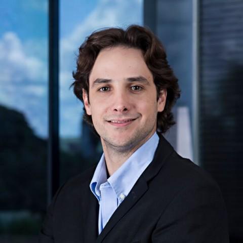 Dr. Arthur Basile - Clínica Basile - Ribeirão Preto